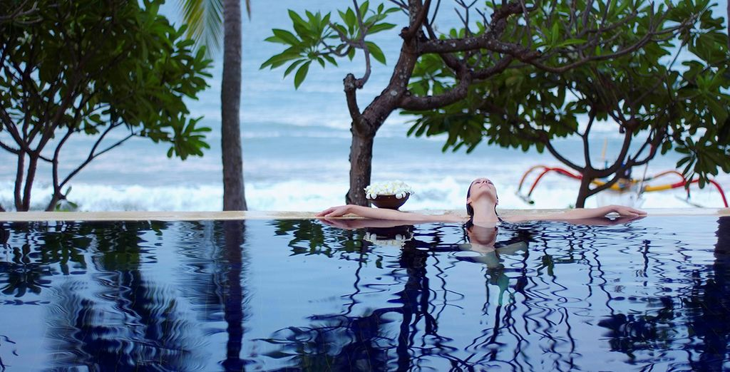 Discover this superb beachfront resort