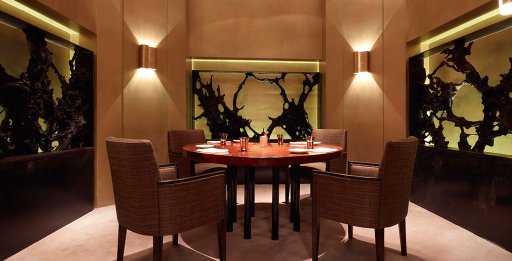 Alternatively the Sea Grill Restaurant creates an intimate atmosphere of upscale dining
