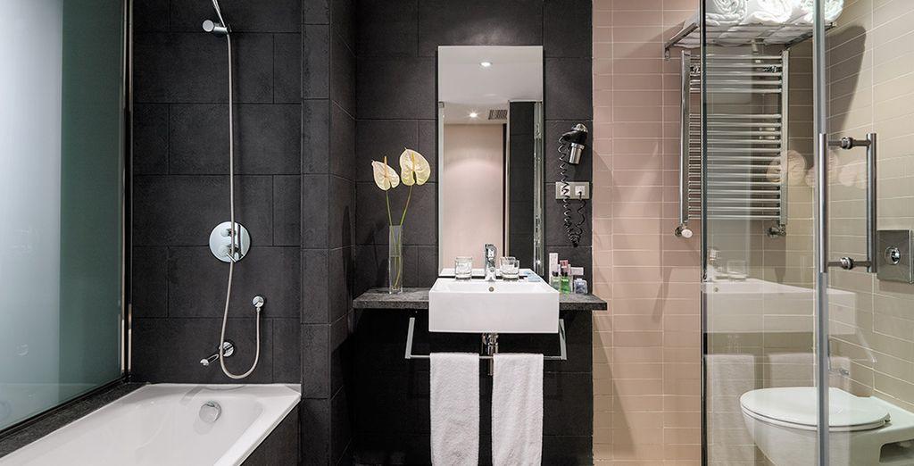 Both with elegant and minimalist decor