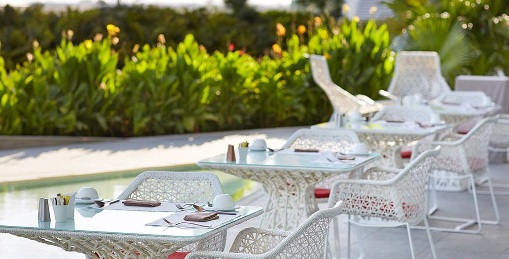 Dining options range from relaxed...