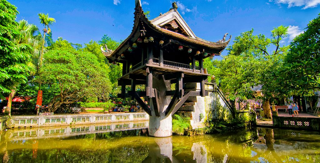 Discover iconic and historic Buddhist temples