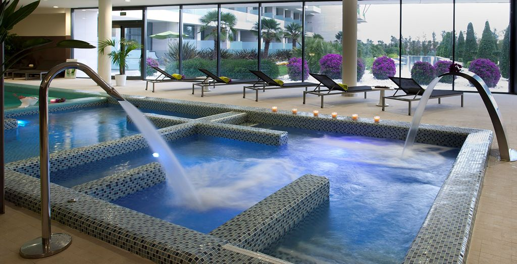 And offering an array of 5* leisure facilities