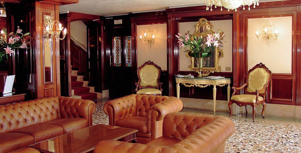 Discover grand interiors