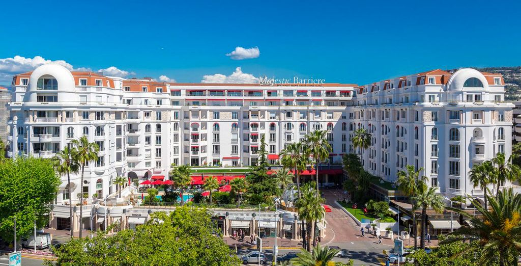 Welcome to the 5* Hotel Barriere Le Majestic Cannes