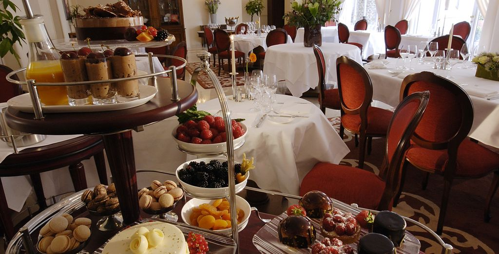 Experience great food with a fantastic service