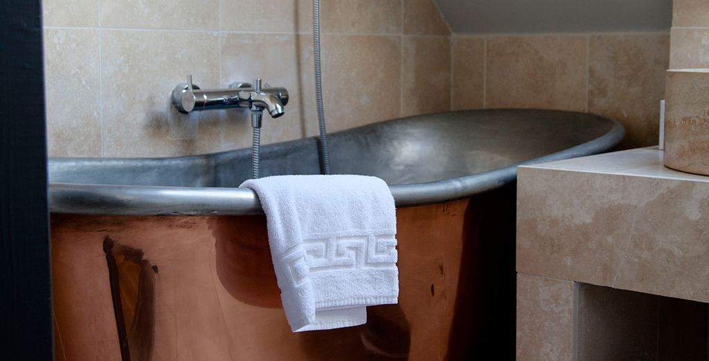 With the option of a copper bath or shower