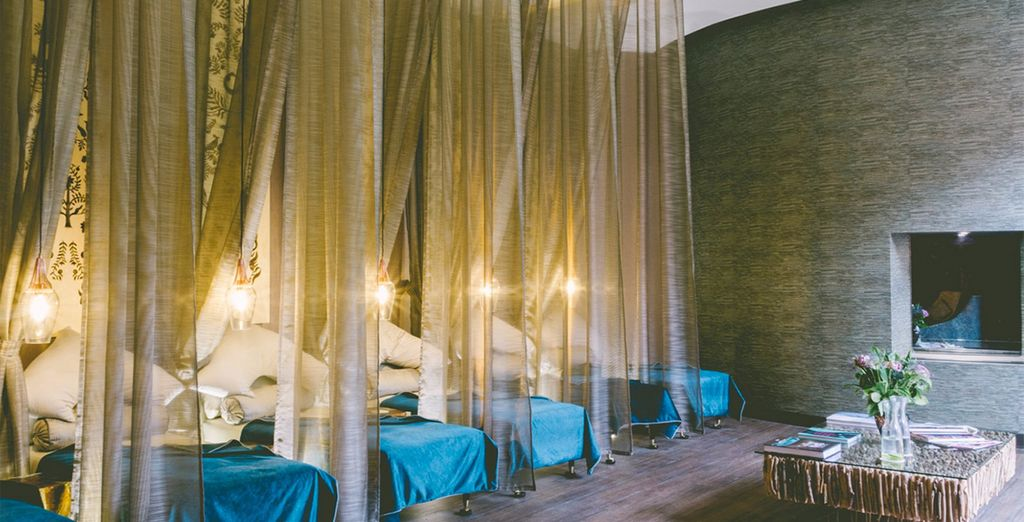 Or simply relax in the spa's chill out area