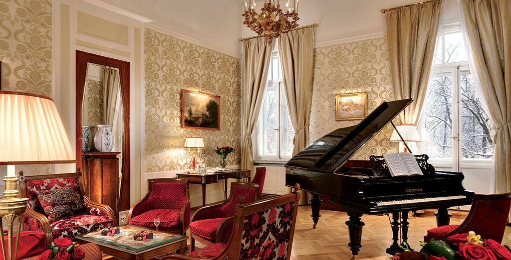 Discover stunning decorative interiors in one of St. Petersburg's top luxury hotels