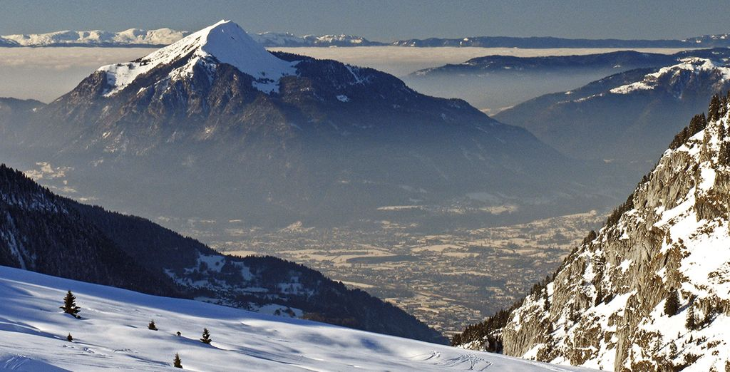 Slide down the pristine slopes of Flaine ...