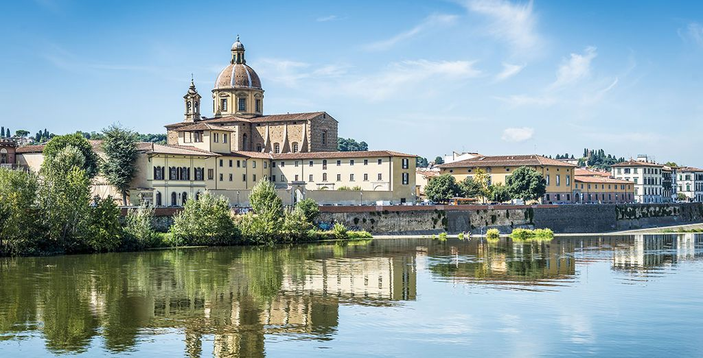 Steps away from the banks of the River Arno