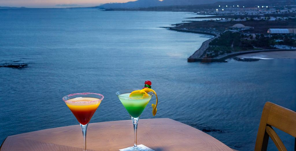 End your day with a cocktail at the 17th floor Star City bar