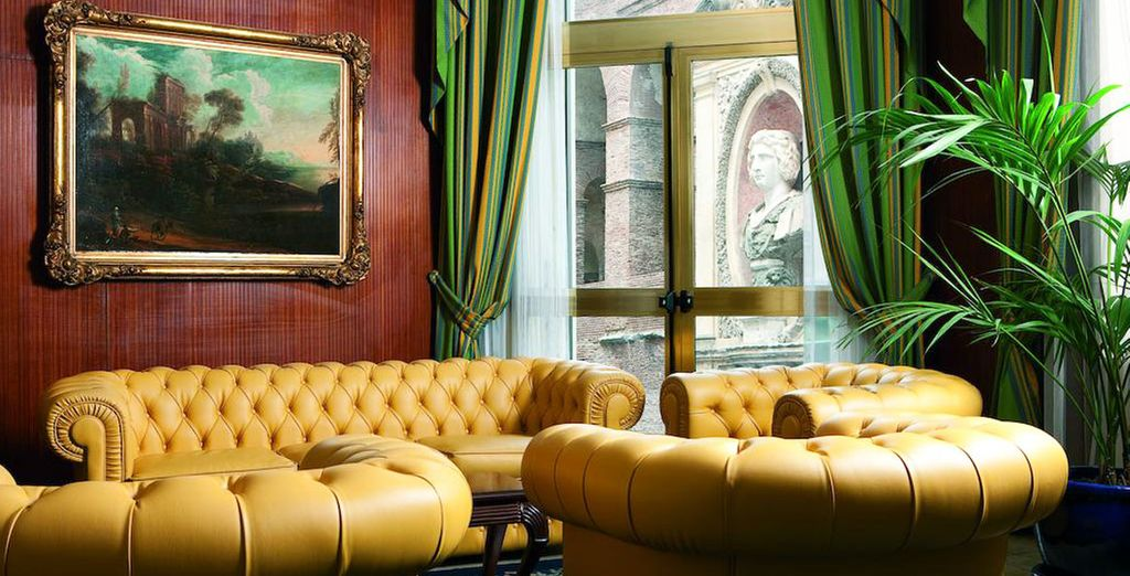 Whose walls showcase the owner's extensive art collection