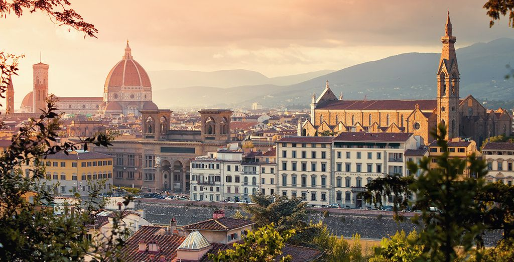 Add car hire to venture further, the city of Florence is just over an hour away!