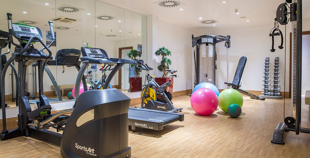 A fitness room to keep you healthy