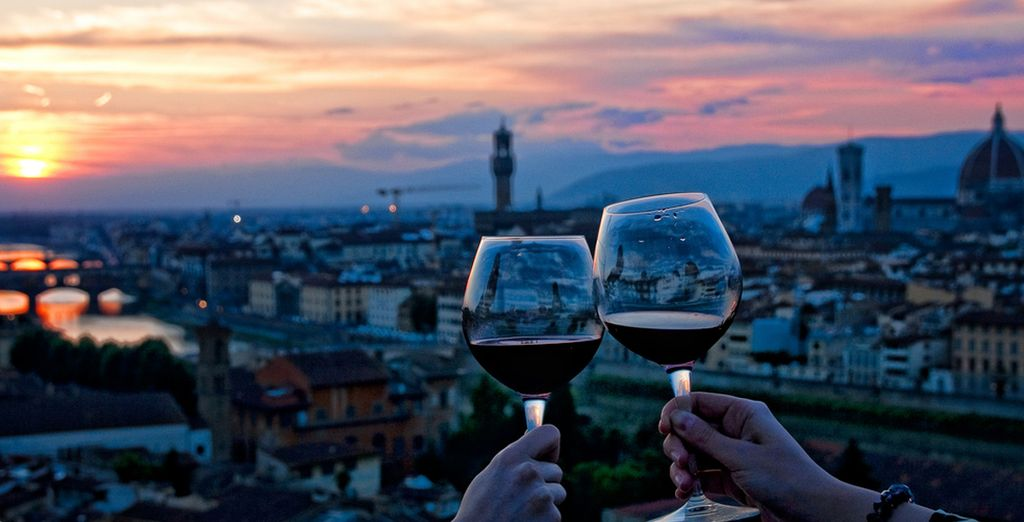 Enjoy unparalleled sunsets and fall in love with Tuscany!