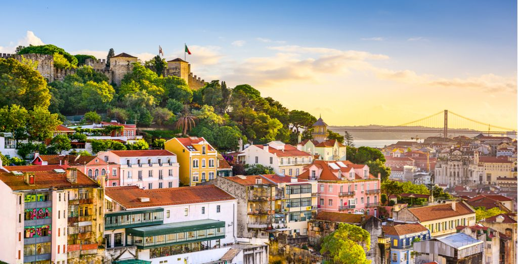 Travel Guide : wonders of Lisbon