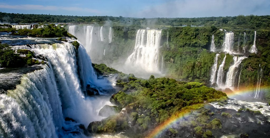 Discover the Iguazu Falls during a South America Tour