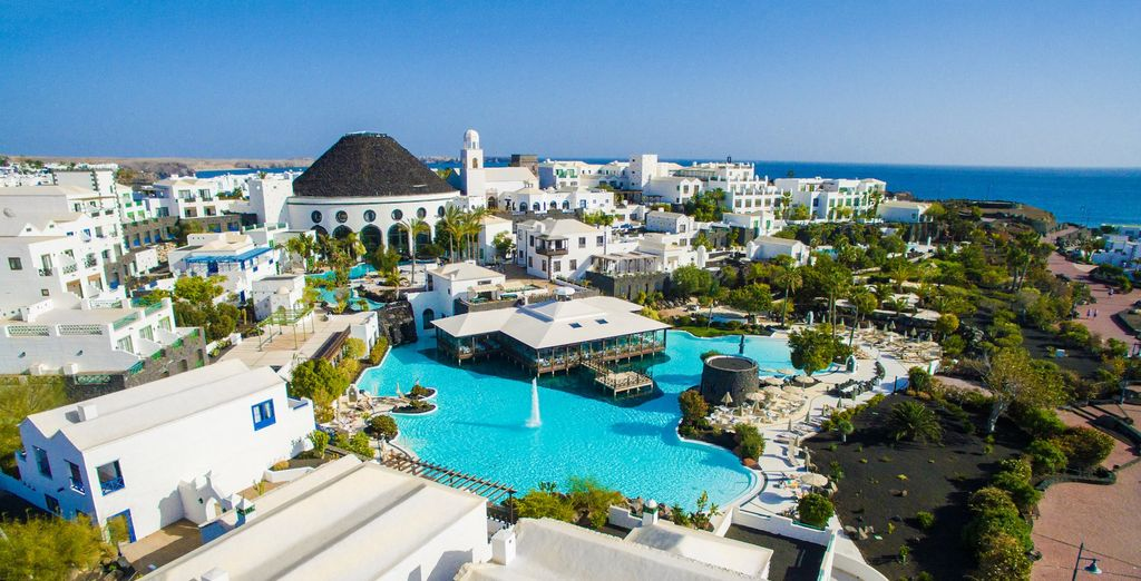 Hotel The Volcan Lanzarote 5* - last minute deals