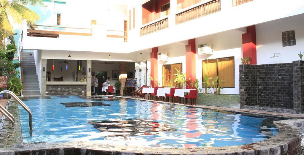 Stay at Angkor Palace Hotel 5*