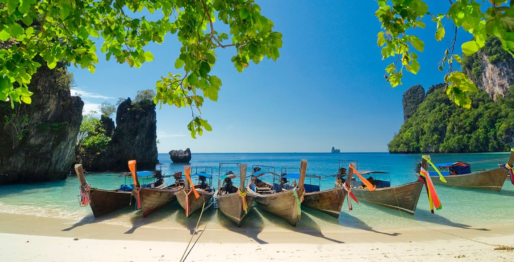 Enjoy Thailand - Mövenpick Sukhumvit 15 Bangkok & Mövenpick Resort & Spa Karon Beach Phuket 5*  Bangkok & Pattaya