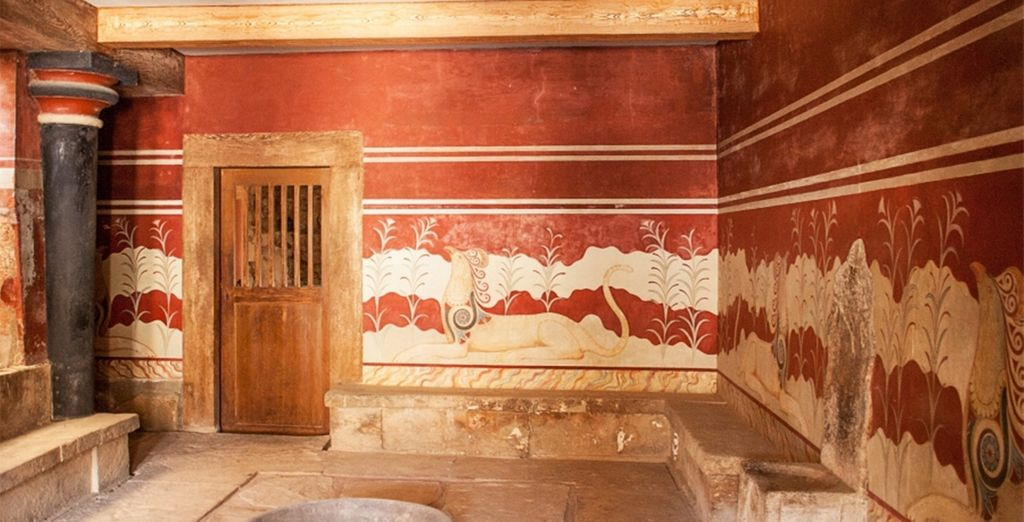 And if you want to explore some of Crete's vast history, the fascinating site of Knossos is only a 20 minute drive away!