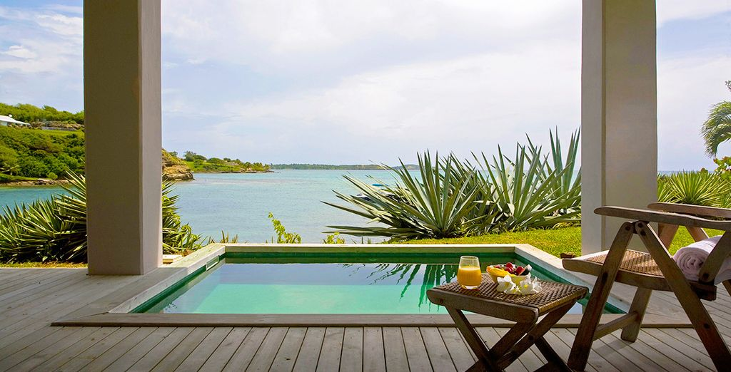 Which leads onto a private pool with a fabulous view