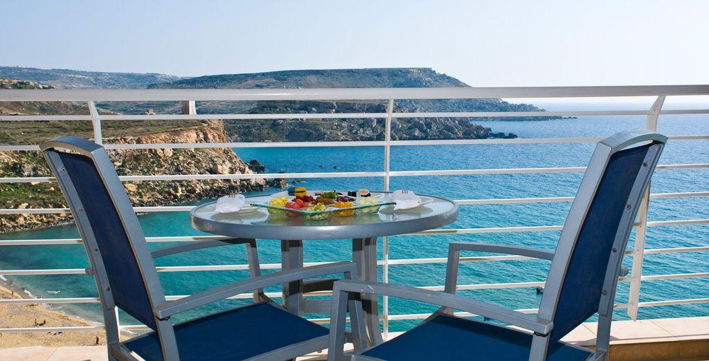 Relax with these amazing sea views - Radisson Blu Resort Golden Sands***** - Golden Bay - Malta Mellieha