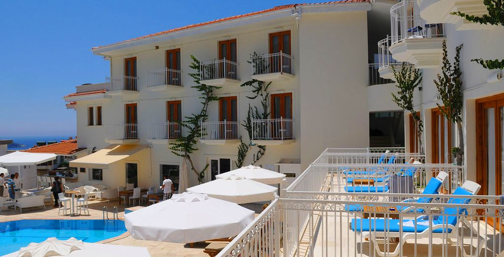 You are in a great location, only a 10 minute walk from some of the best restaurants in Kalkan
