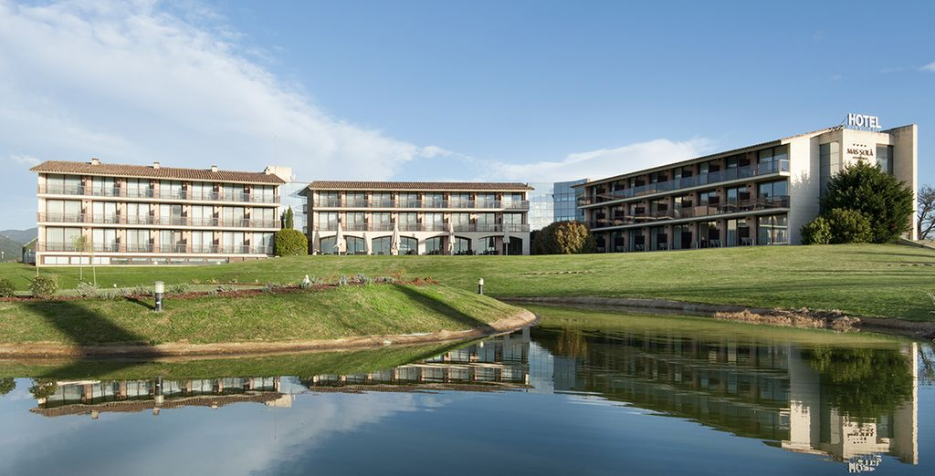 An expansive wellbeing and spa resort - Hotel Mas Sola 4* Girona