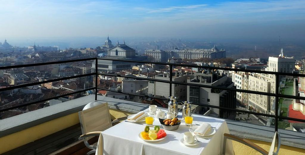 Gaze out over the Spanish capital - Vincci Capitol 4* Madrid