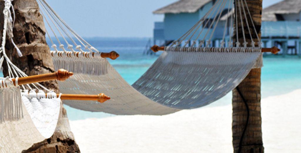 - Centara Grand Island Resort & Spa Maldives***** - Maldives Maldives