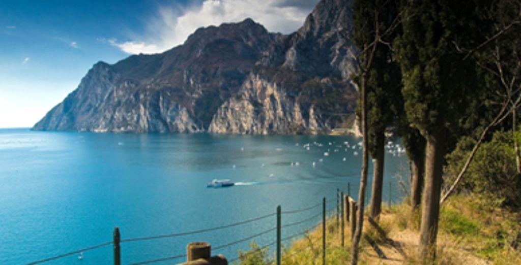 - Hotel Oliveto**** - Lake Garda - Italy Lake Garda
