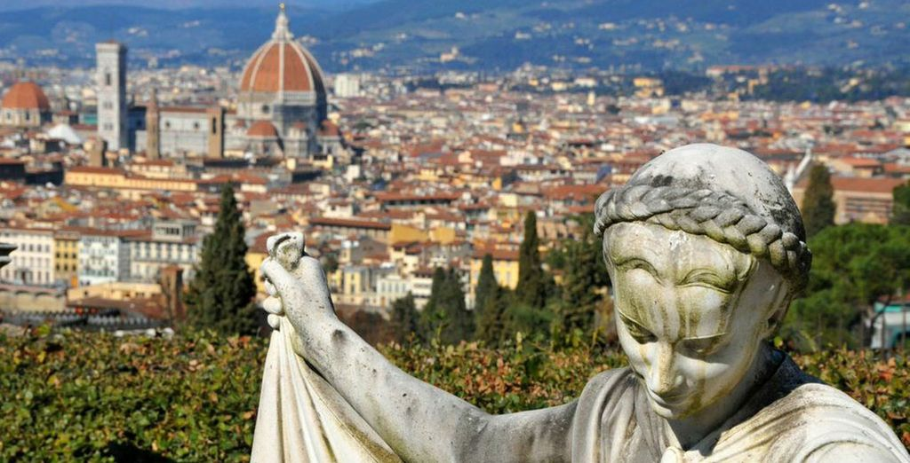The area is the perfect gateway to discover some of Italy's finest areas