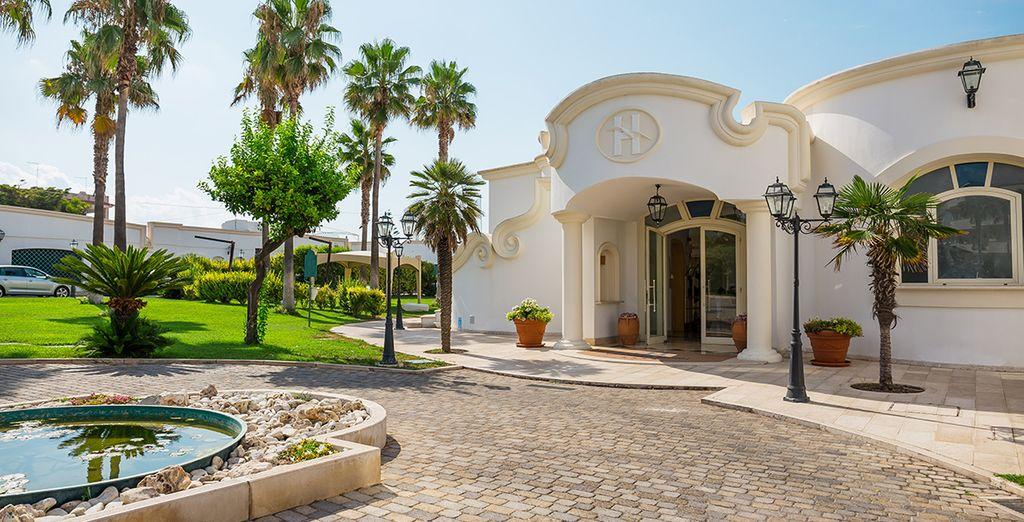 Nicolaus Club Gabbiano Hotel 4* welcomes you