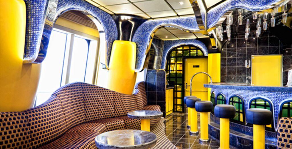 - Costa Fascinosa & Delfino hotel - Med & Venice - Europe Europe