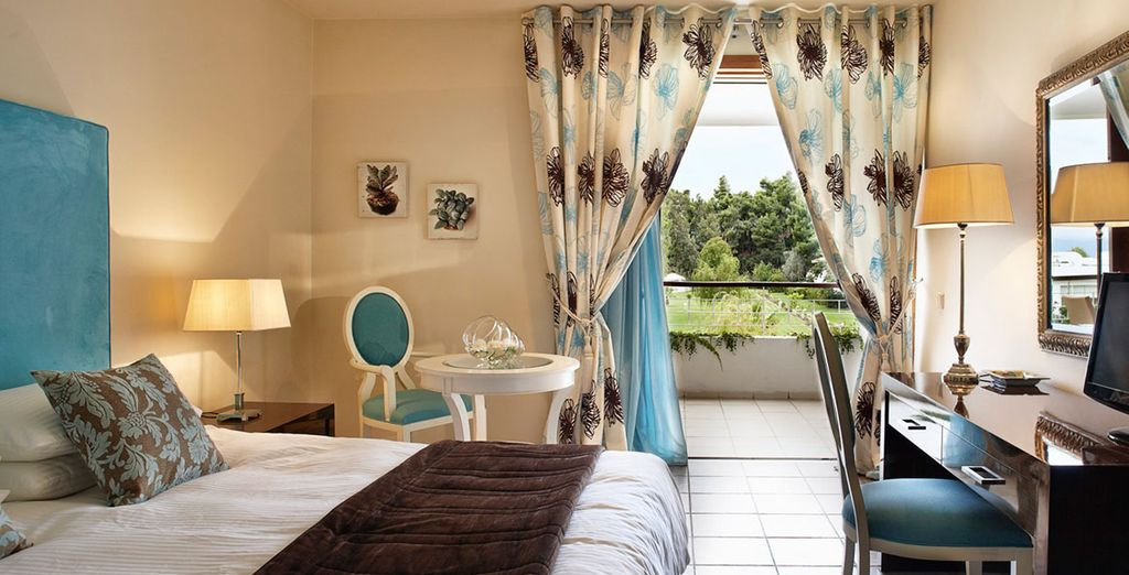 Relax in a Superior Double Sea View Room