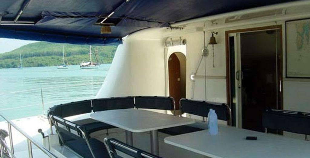 Idyllic Thailand Yacht Cruise