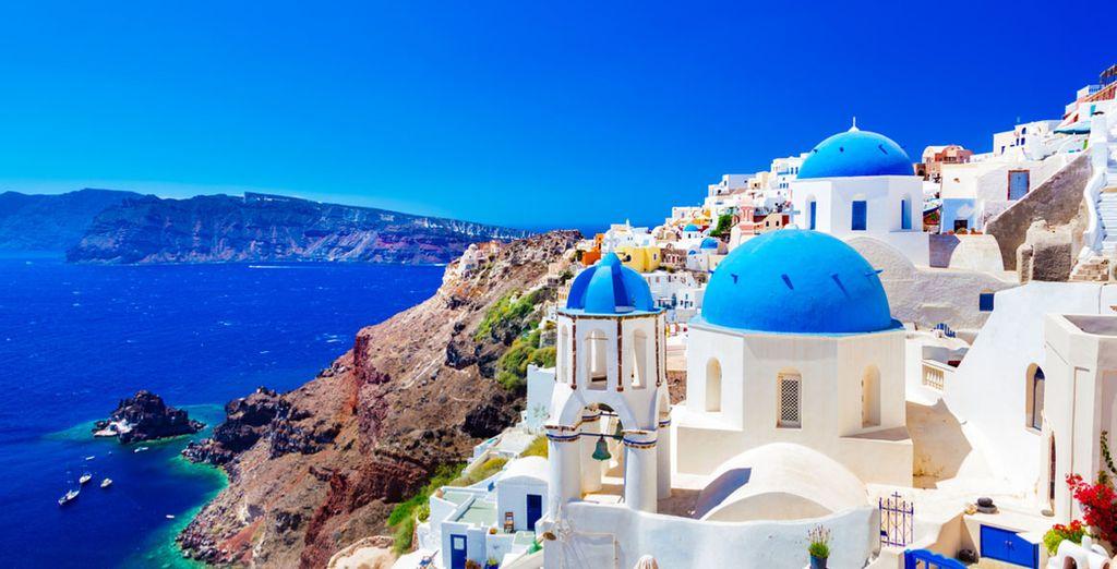 Last minute Greece - Holidays to Santorini