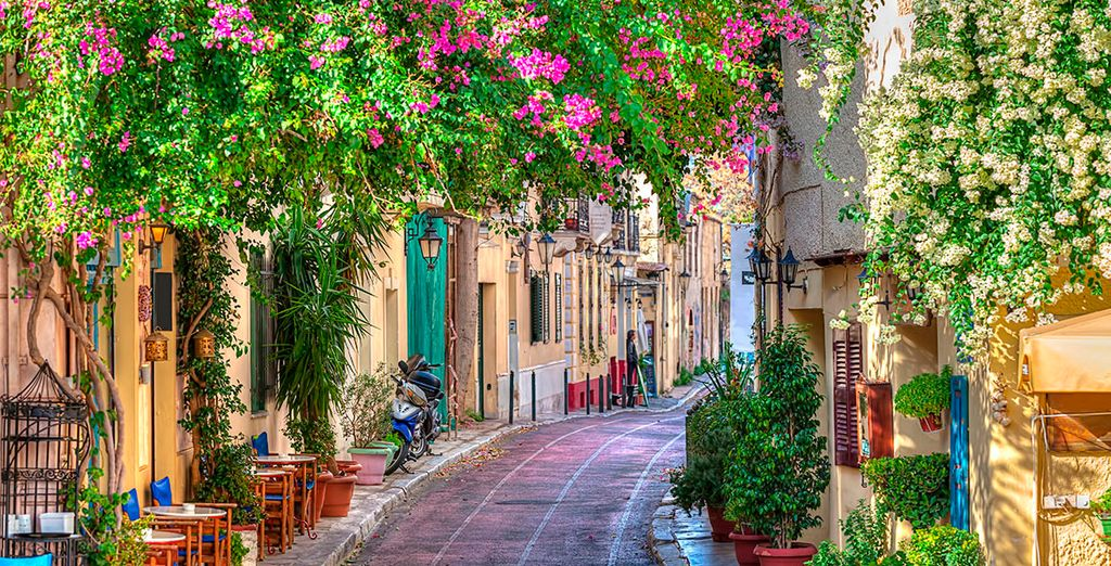 Stroll through the picturesque streets of Athens