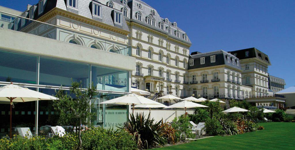 Hotel De France & Spa 4*