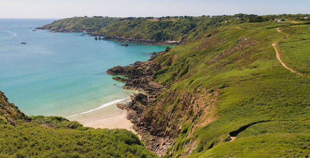 Holidays to Guernsey - information