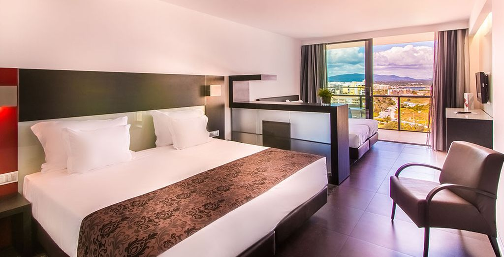 Or an ultra spacious & sun-drenched Family Suite