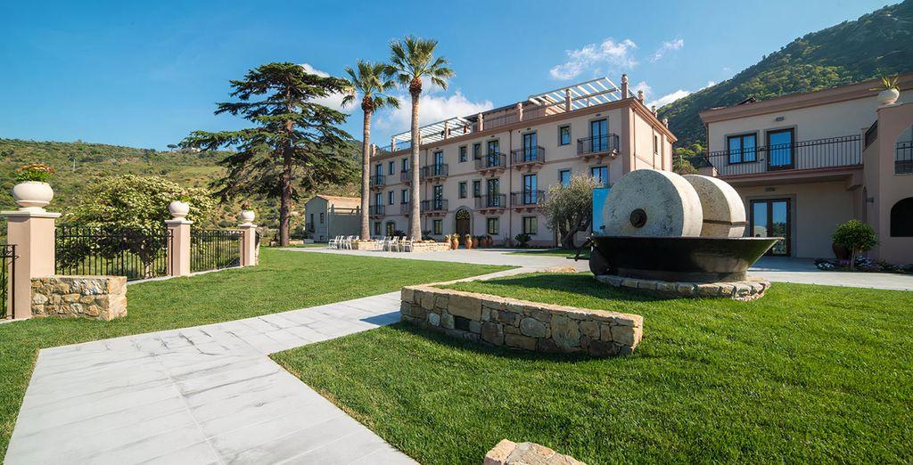 Best Western Plus Hotel Terre di Eolo 4*