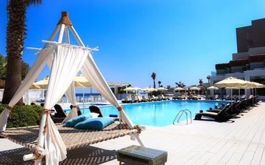 Seya Beach Hotel und Akka Antedon Hotel