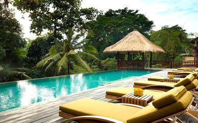 Adiwana Resort Jembawan 4* y Novotel Bali Benoa 5*