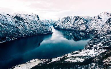 Increíbles fiordos y Bergen en tren