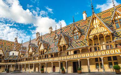 Hôtel Henry II Beaune Centre 4*