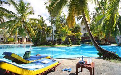 Hôtel Sarova Whitesands Beach 4* et Safaris