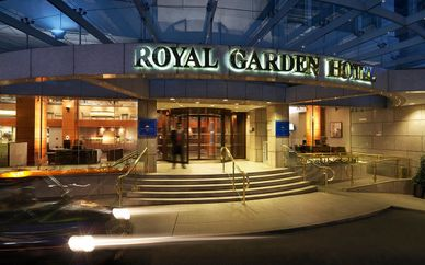 Royal Garden Hotel 5* with Thames River Cruise