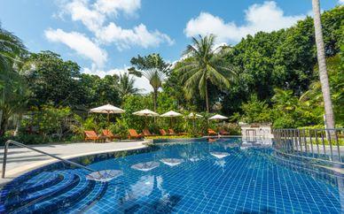 Ramada Plaza Bangkok Menam Riverside & Paradise Beach Resort 4*